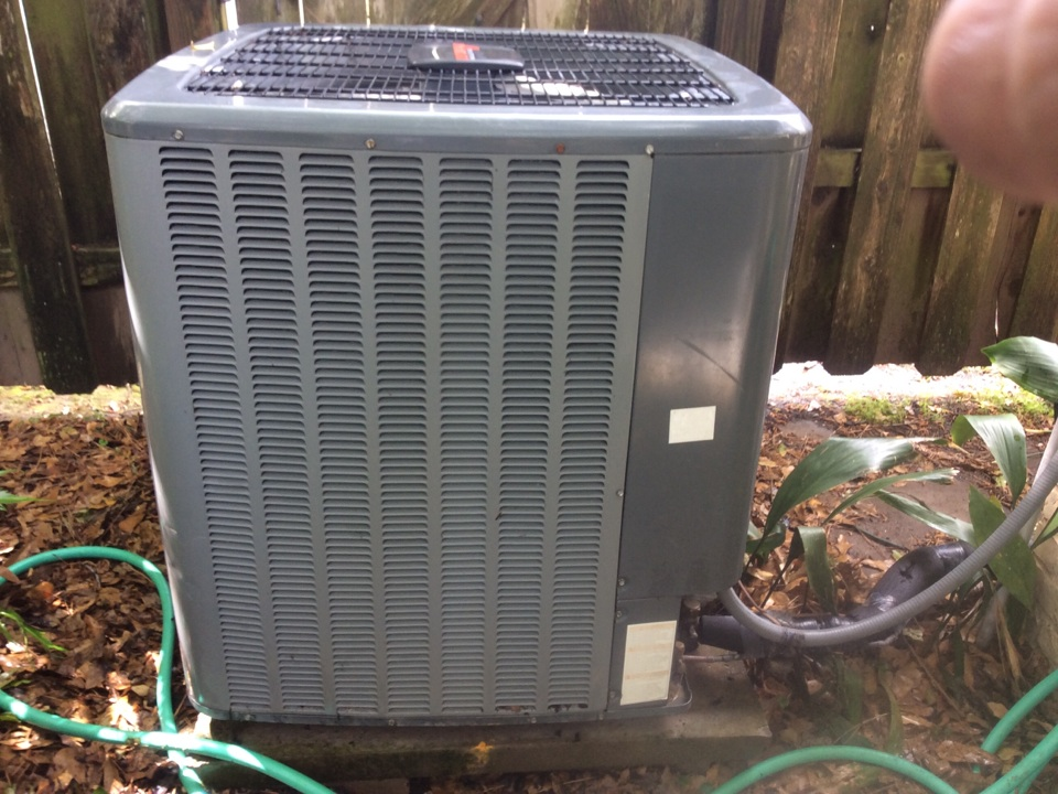 Houston, TX - Spring check on Amana air conditioning system