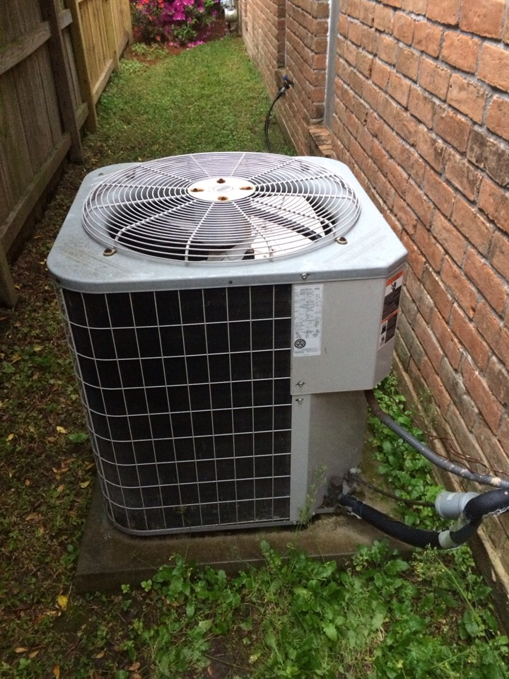 Houston, TX - Ac service call. preformed Repair on a carrier air conditioning system we installed 17 years ago.