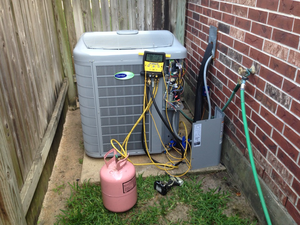 The Woodlands, TX - Ac service new aircaonditioner install. Performed Installation of new carrier infinity air conditioner.