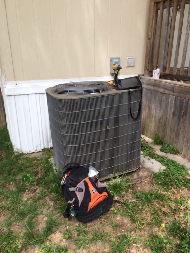 Magnolia, TX - AC repair service call. Air conditioner repair on Coleman unit the capacitor needed replacing.
