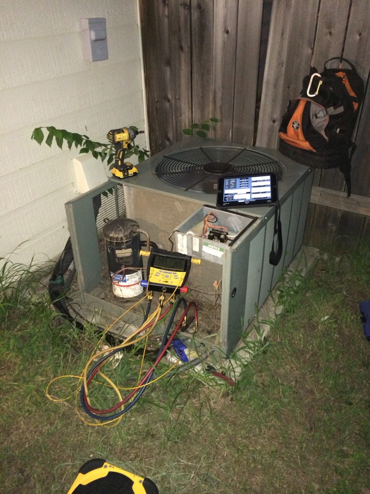 Conroe, TX - Ruud air conditioning repairs
