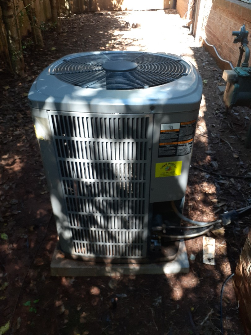 Charlotte, NC - Preventive maintenance performed on a Trane air conditioning system