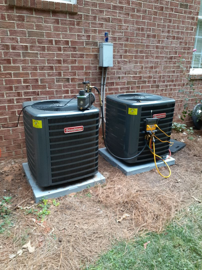 Huntersville, NC - Repacement of 2 air conditioning units in Huntersville NC.