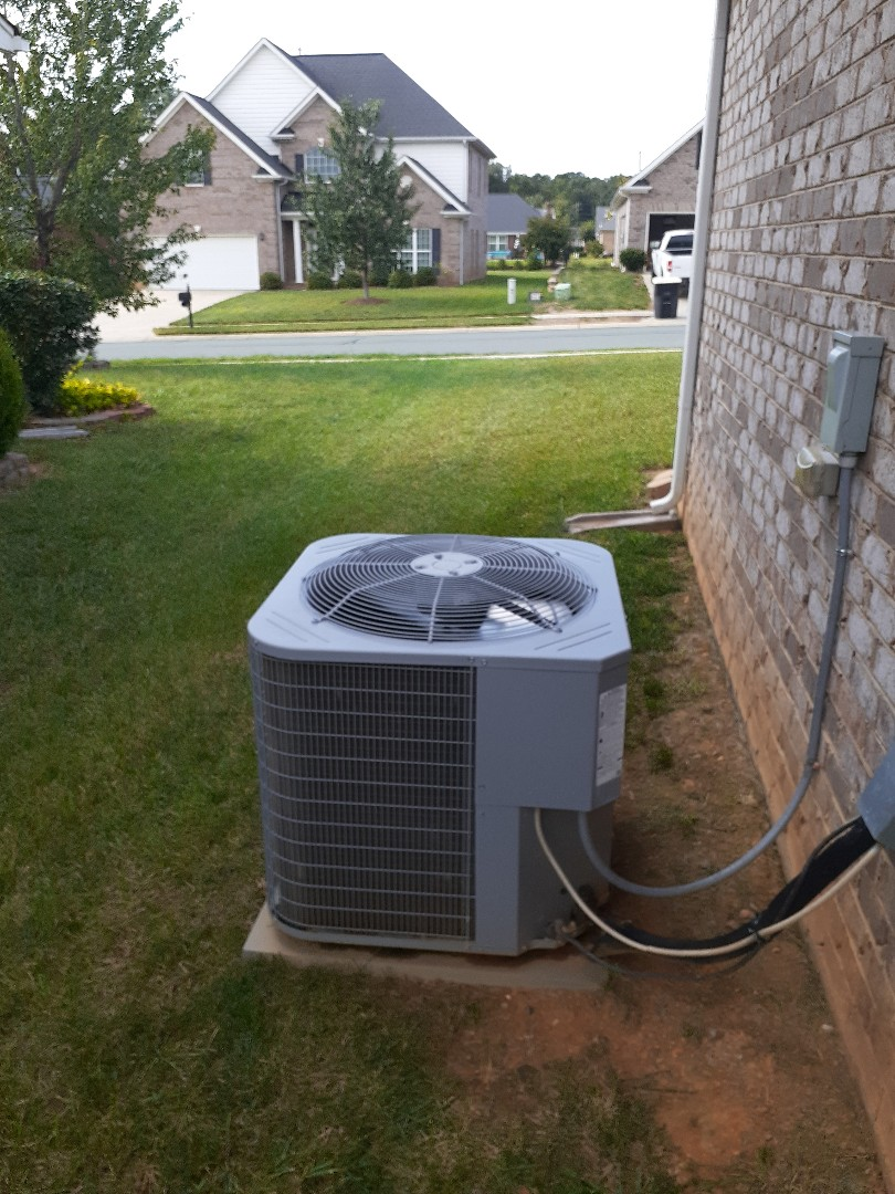 Monroe, NC - Air conditioning repair done on a Carrier system in Monroe NC.