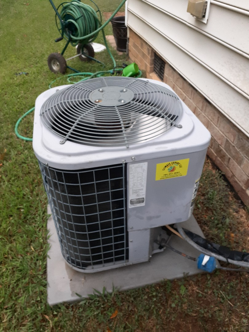 Mint Hill, NC - Air conditioning tune up in Matthews NC.