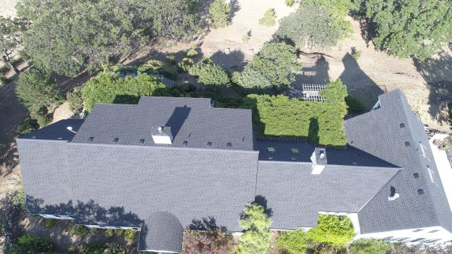 Ashland, OR - Just finished installing this GAF Timberline HDZ roof in Charcoal. It looks great and the GAF Golden Pledge  warranty will give them peace of mind for years to come.