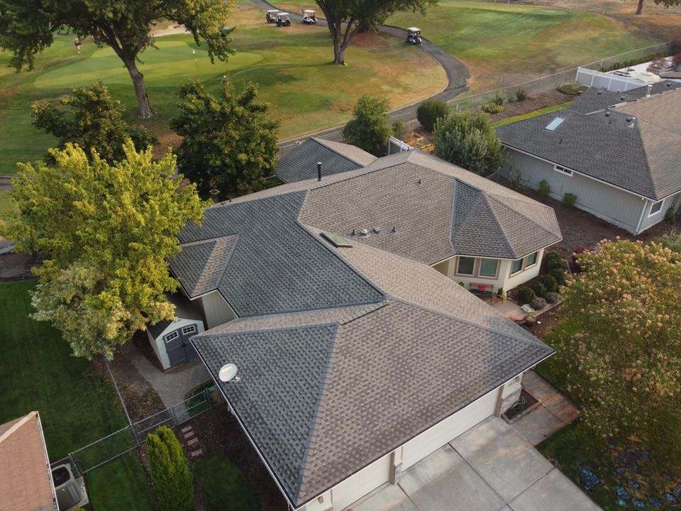 Medford, OR - Doing a Re-Roof inspection for a customer that had GAF Timberline HDZ Shingles (Mission Brown) installed recently. We also installed a New Vellux skylight on this house as well.