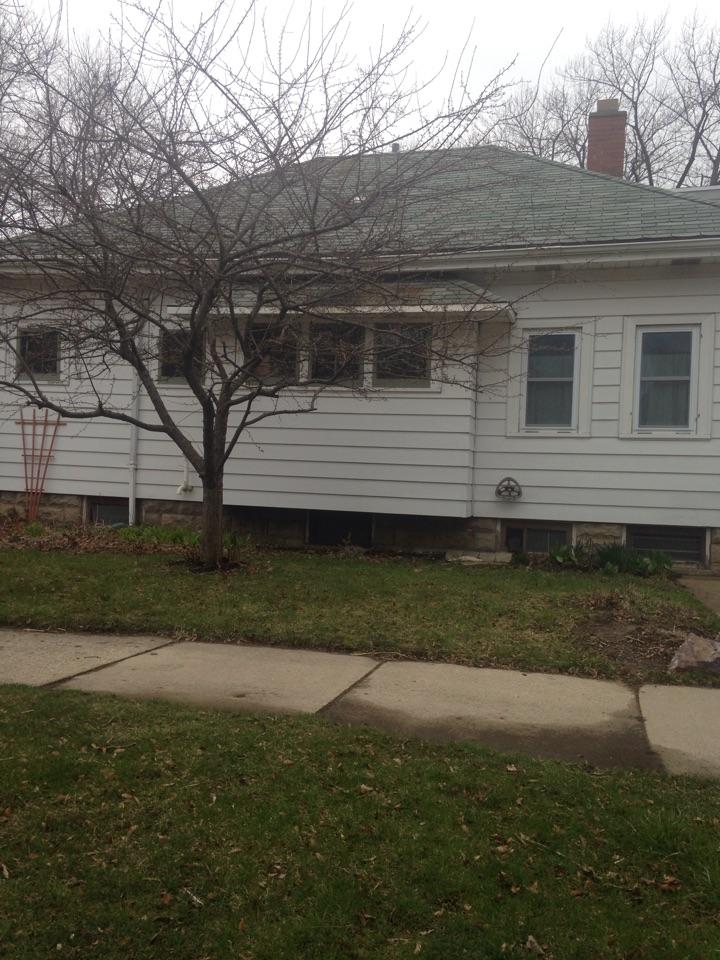 Milwaukee, WI - Wind damage insurance claim