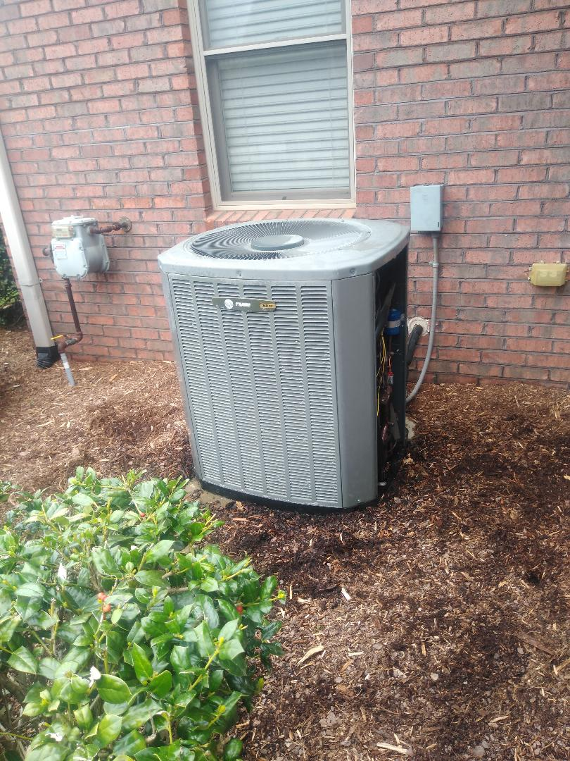Conover, NC - Performing scheduled maintenance for a maintenance priority plus customer