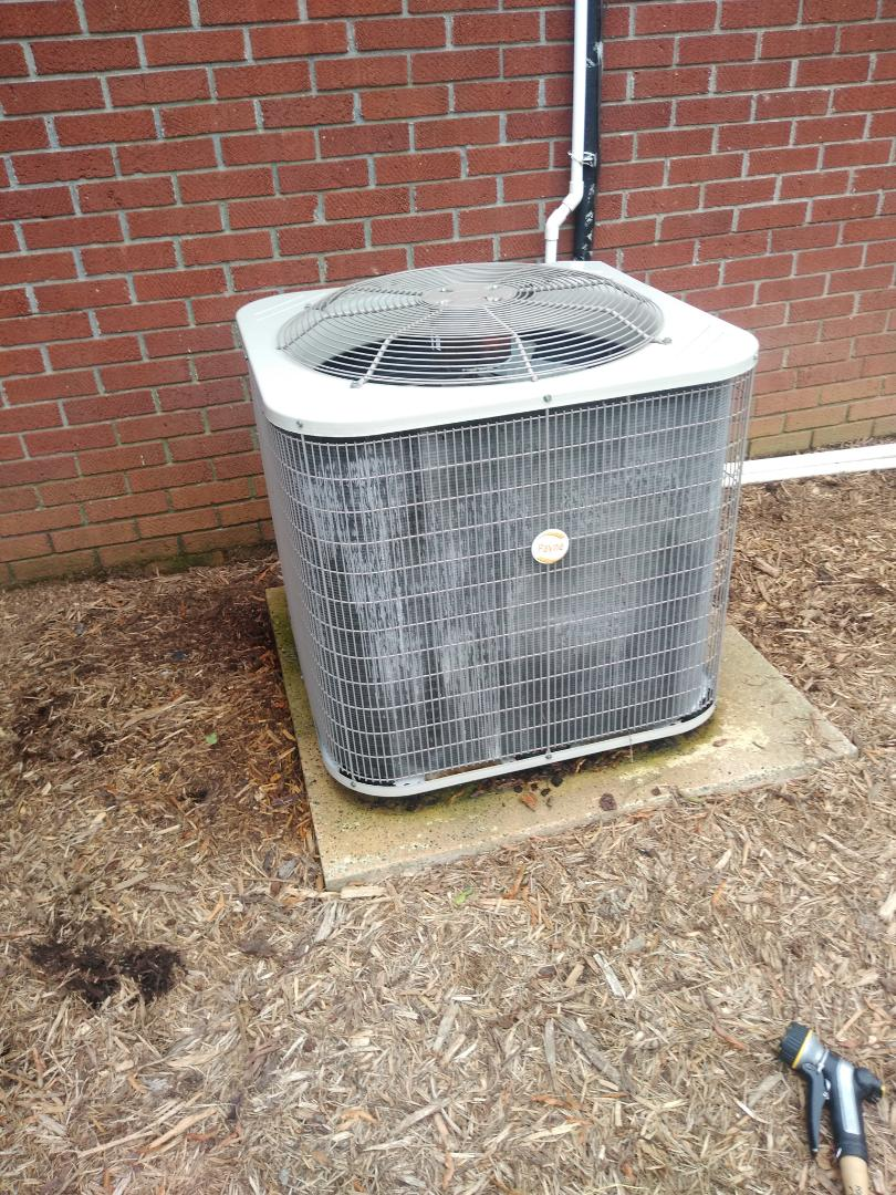 Hickory, NC - Performing scheduled maintenance for me as priority plus customer in the Northwest Hickory area