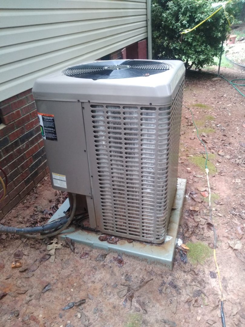 Newton, NC - Performing scheduled maintenance for a maintenance priority plus customer in the Newton