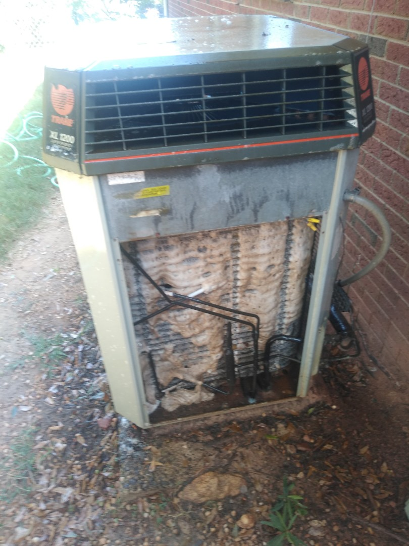 Hickory, NC - Performing scheduled maintenance for maintenance priority plus customer in Northeast Hickory