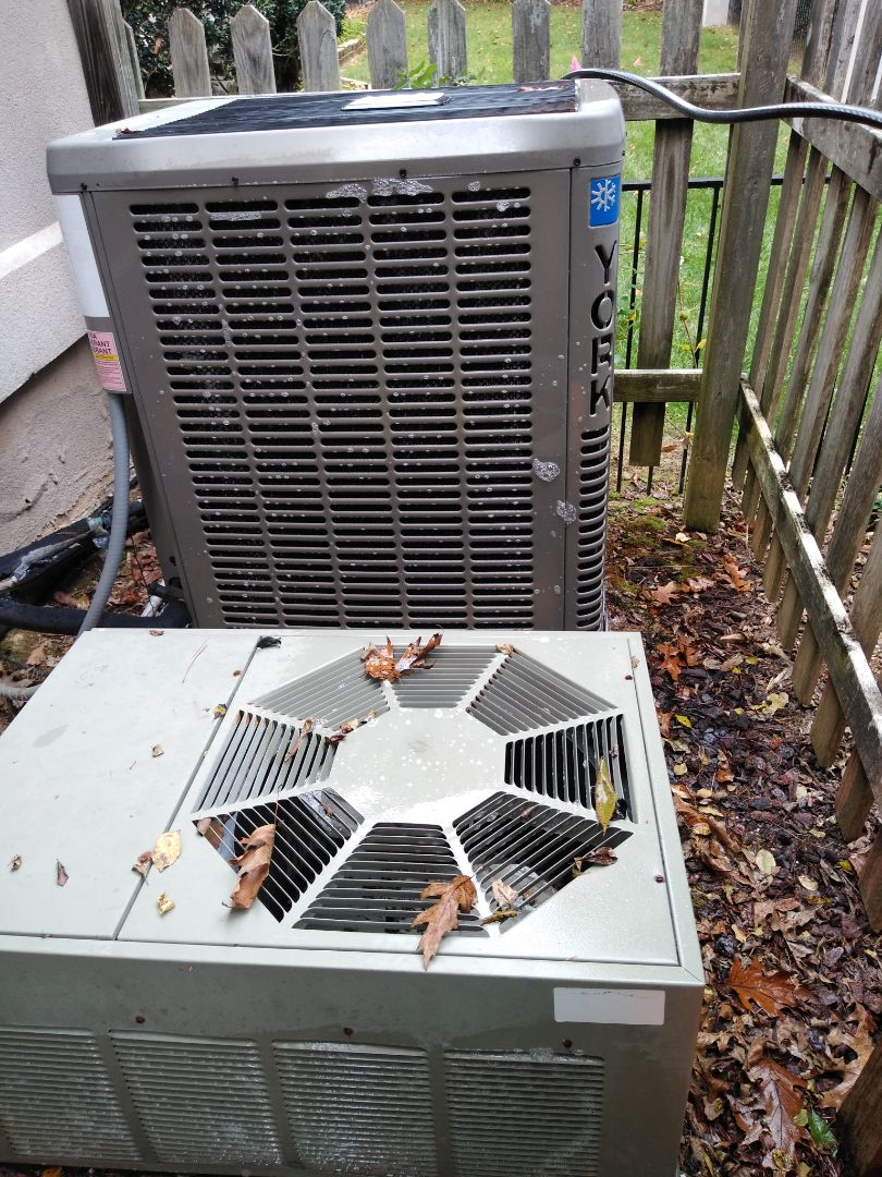 Hickory, NC - Performing scheduled maintenance for a maintenance plus program customer in Northwest Hickory