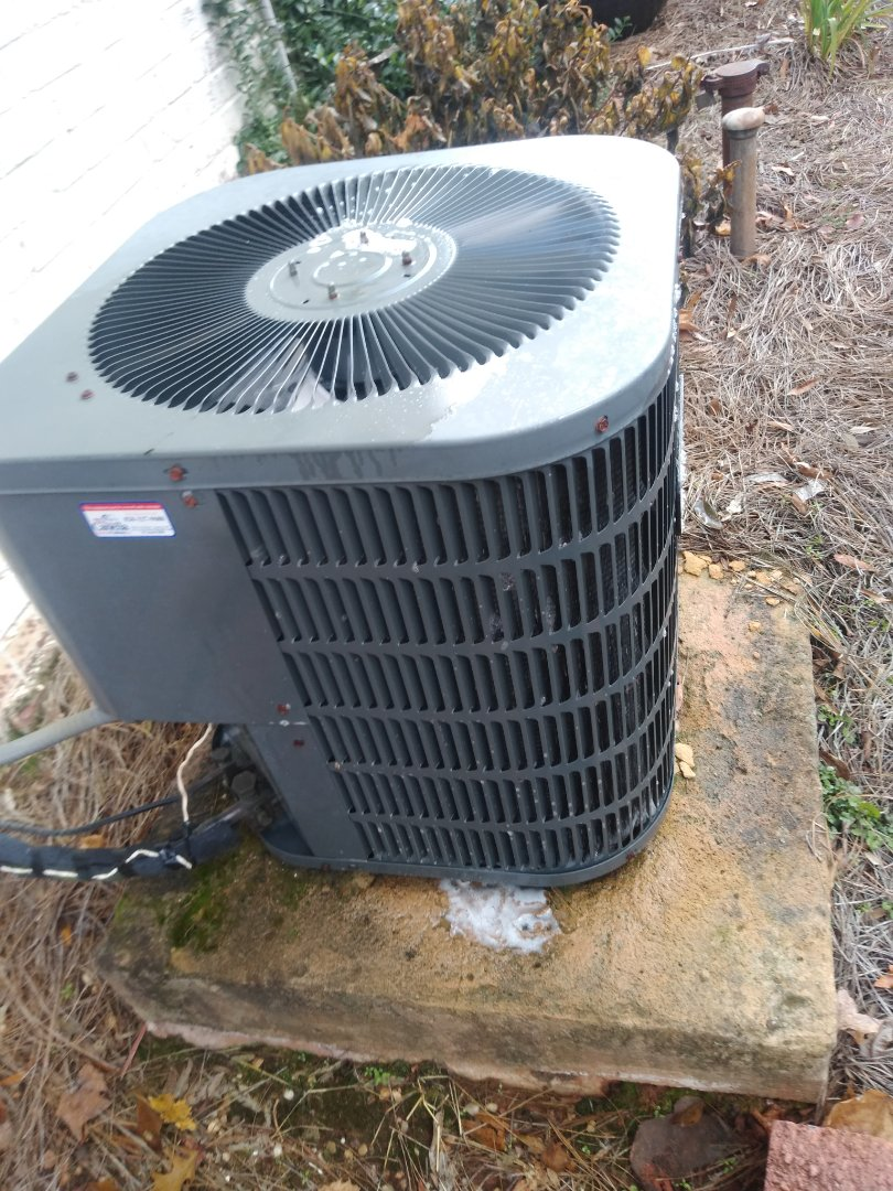 Hickory, NC - Performing scheduled maintenance for a maintenance plus program customer in Newton