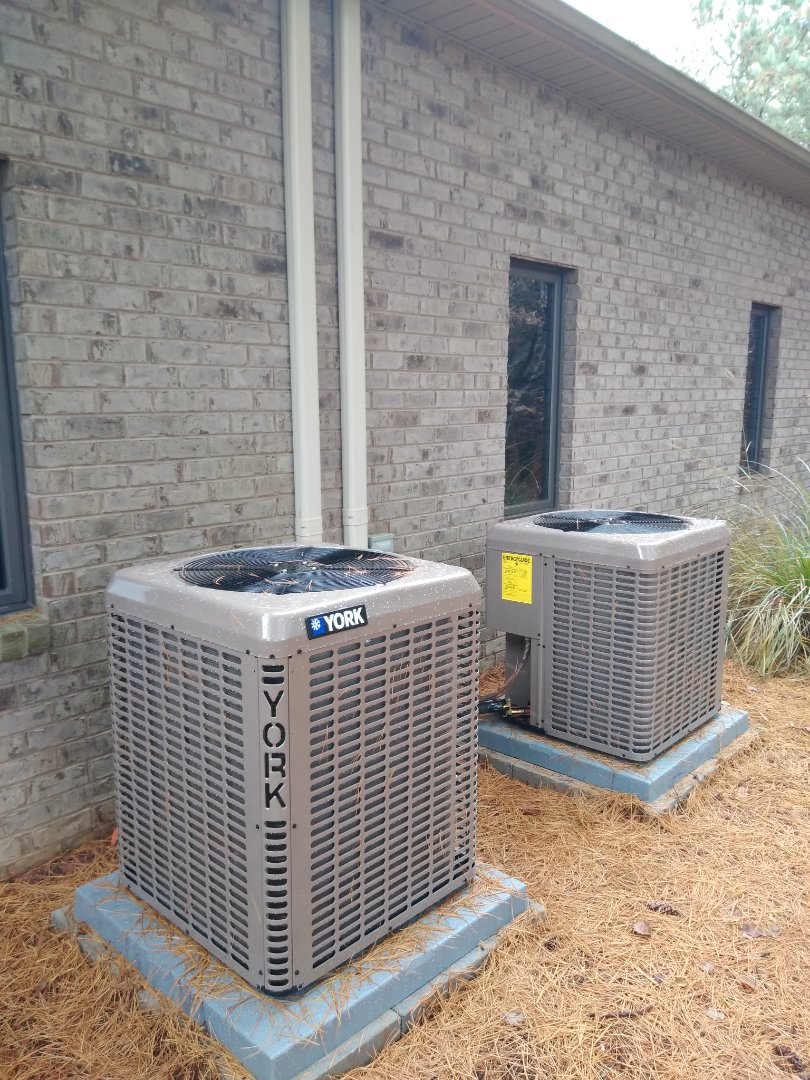 Installation of a new York heat pump in Maiden.