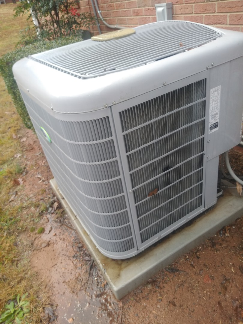 Conover, NC - Performing scheduled maintenance for a maintenance plus customer in conover