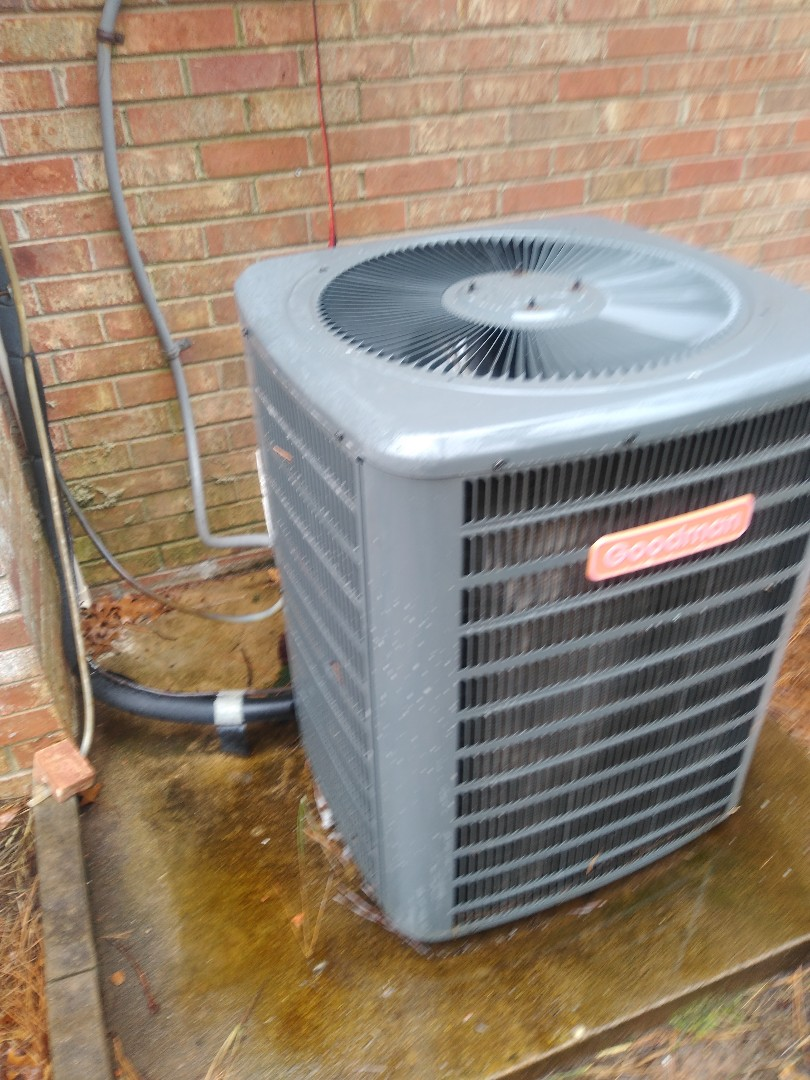 Hickory, NC - Performing scheduled maintenance for a maintenance plus program customer in Bethlehem