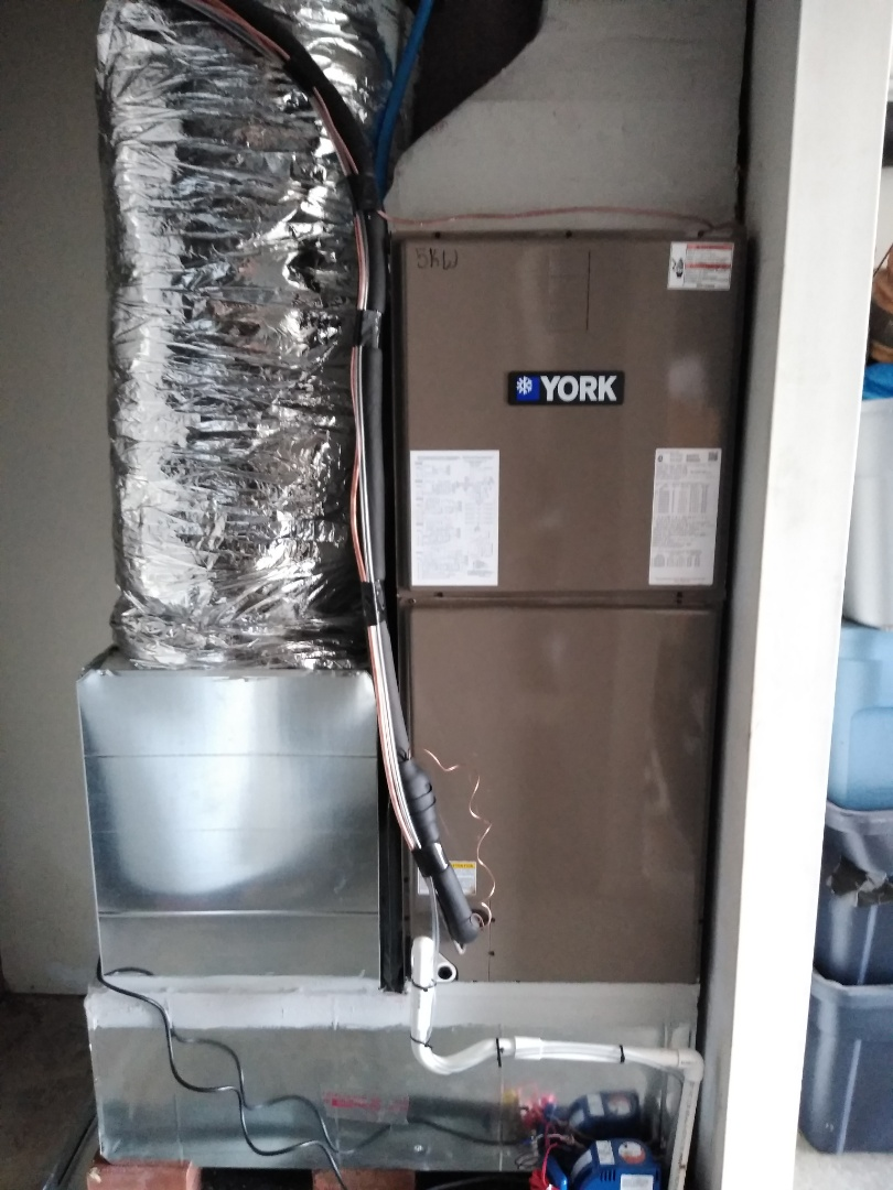 Newton, NC - Installation of a new York Heat Pump in Hickory.