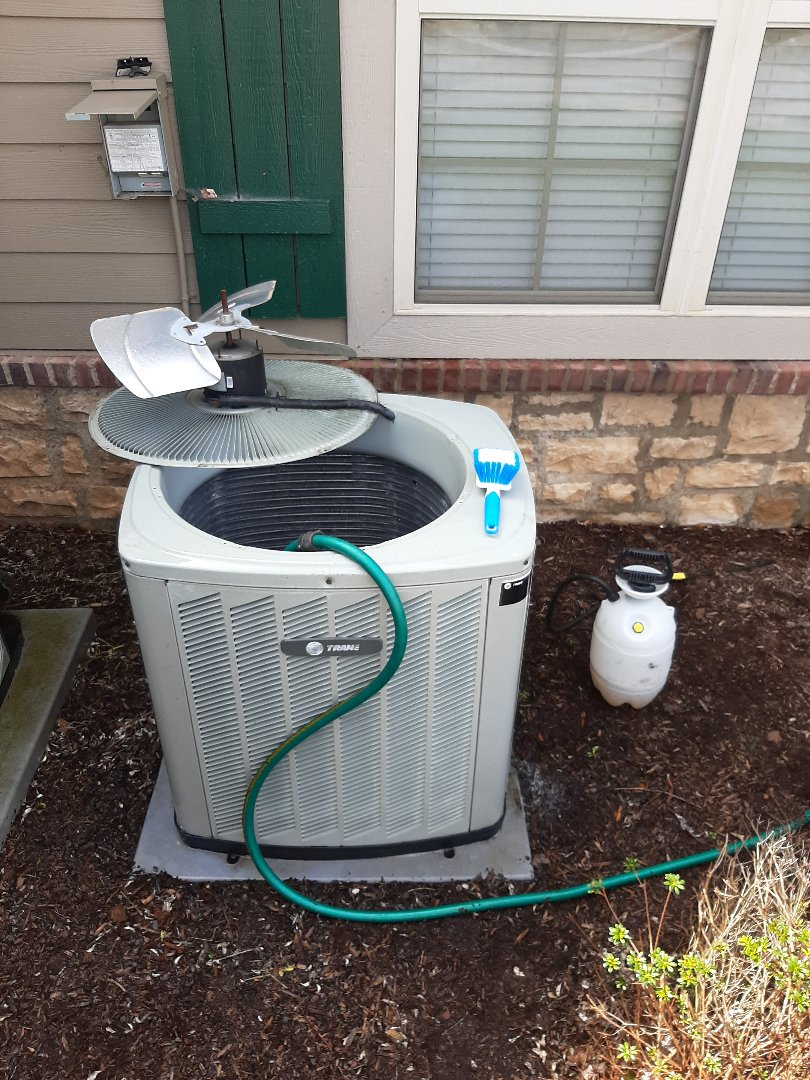 Hickory, NC - Getting this customer ready for air conditioning season!