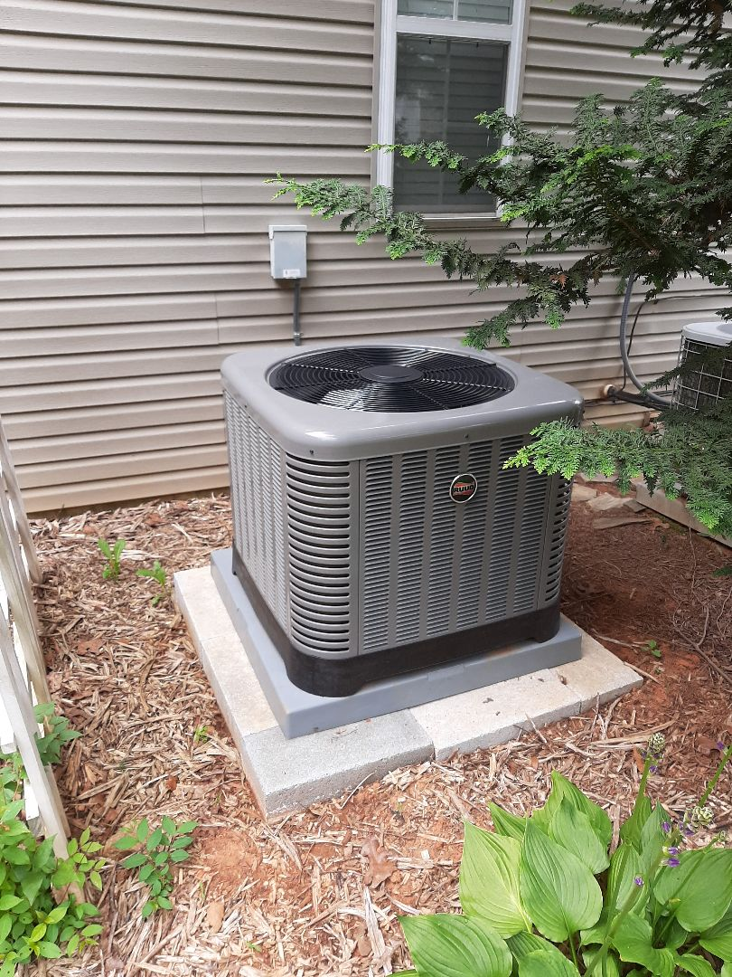Installation of a new Ruud heat pump in Granite Falls.