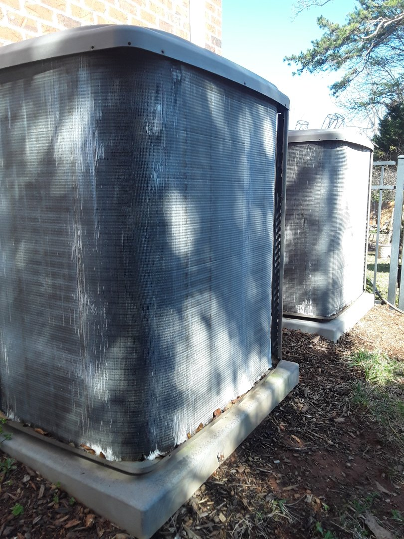 Hickory, NC - Cleaning outdoor coils for this great mpp client!