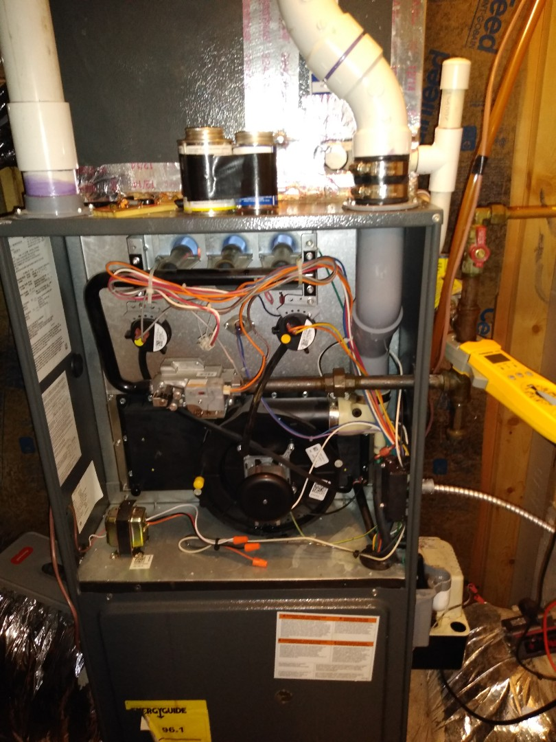Newton, NC - Diagnosing a no heat call(furnace flue pipe was full of water)