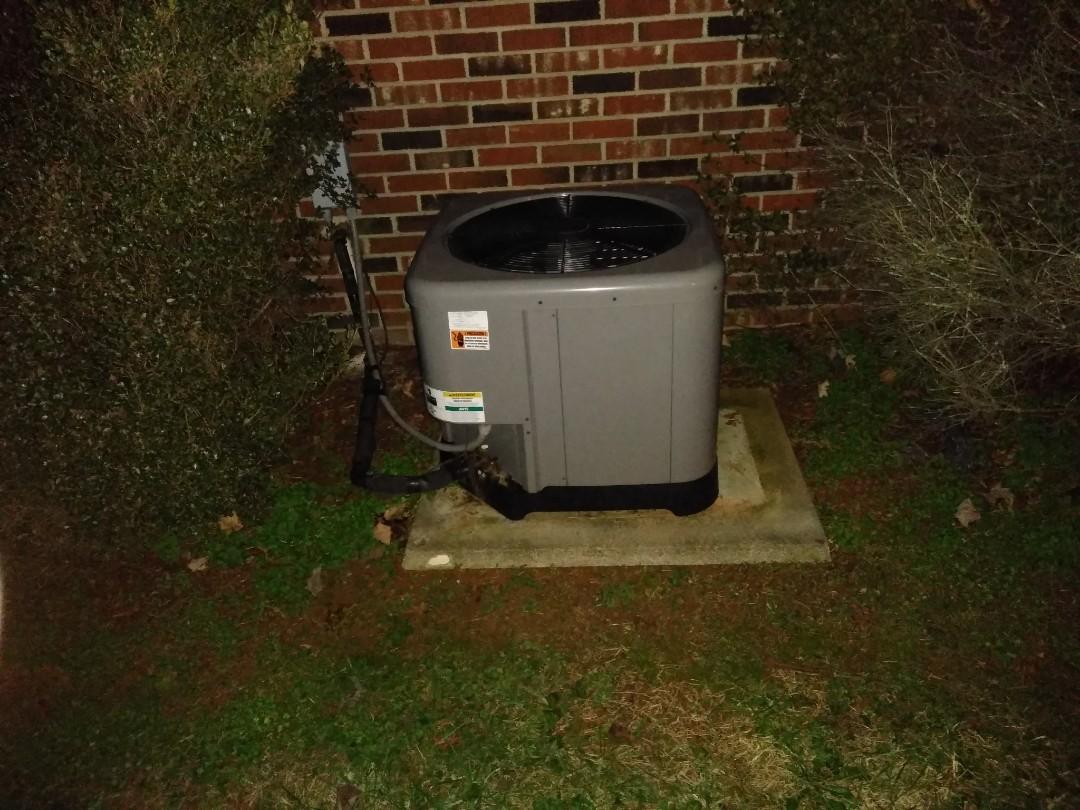 Conover, NC - Servicing a heat pump in conover