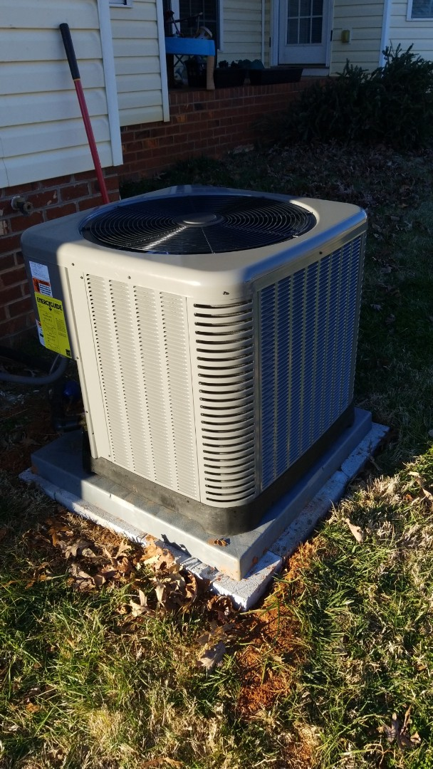Conover, NC - Installed new rheem heatpump and airhandler.
