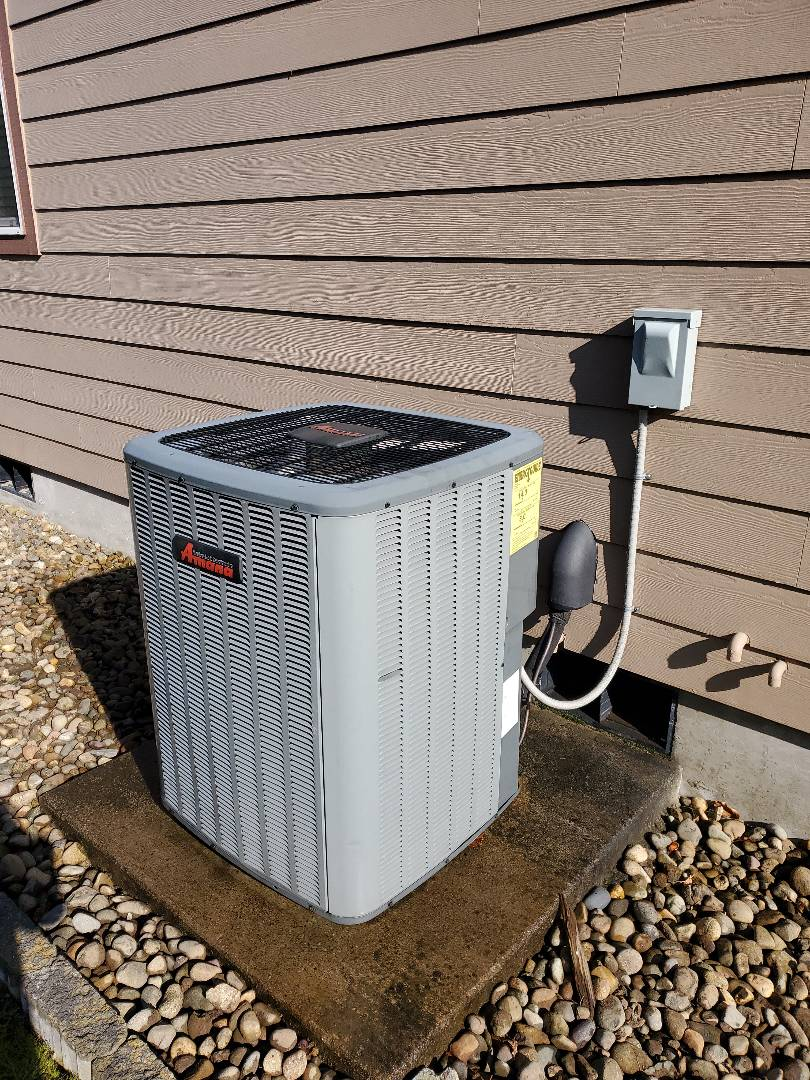 Woodland, WA - Performed a service and cleaning on an amana heat pump and air handler. Comfort club annual maintenance agreement.