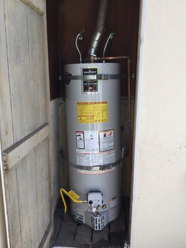 Monrovia, CA - Plumber relighting Bradford white 40 gallon water heater