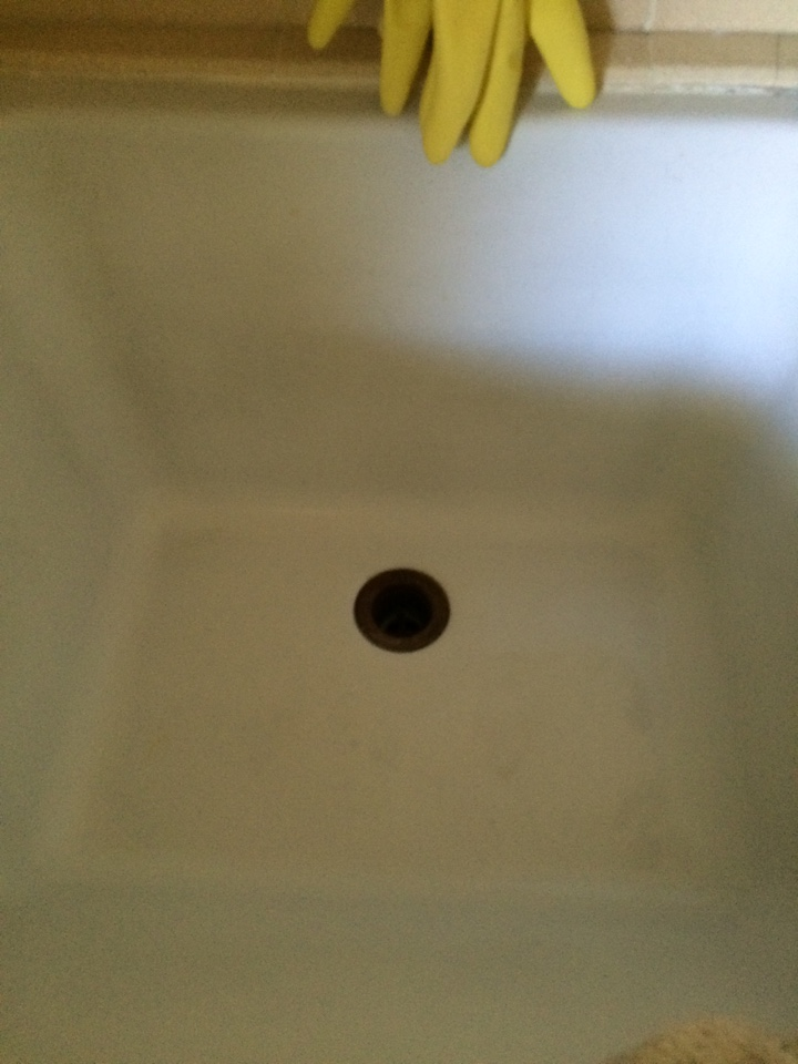 Covina, CA - Back bathroom not draining snake drain and hydrojeting