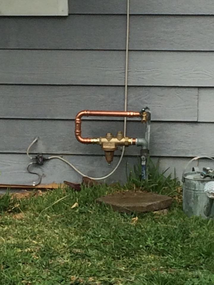 Duarte, CA -  Plumbing service in Dordie high water pressure price Pfister shower valve leaking price Pfister to handle shower valve repair 1 inch pressure regulator.
