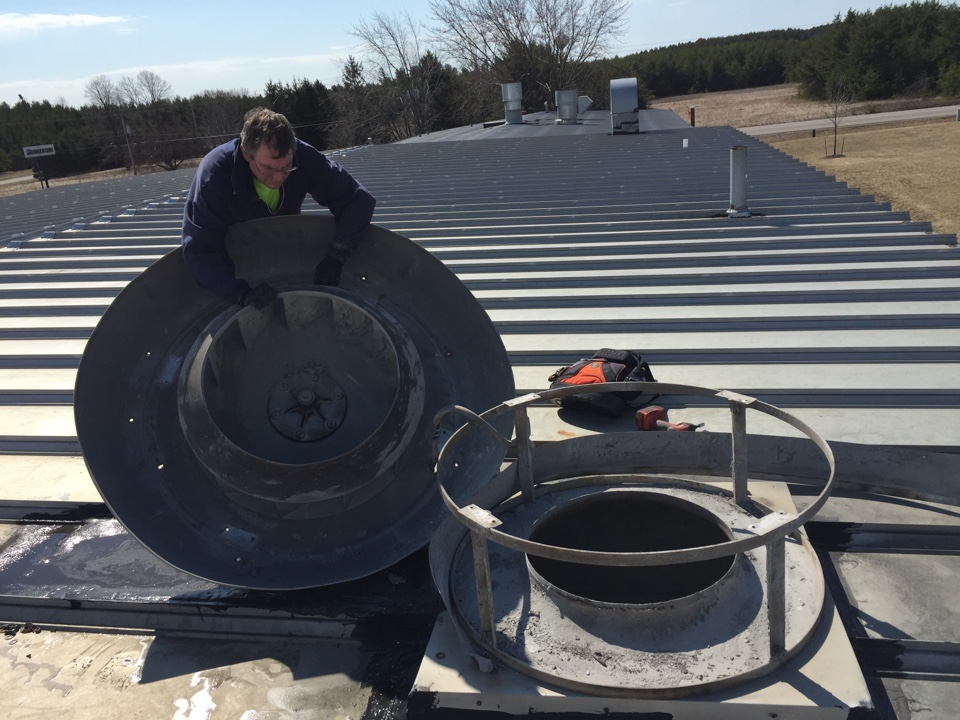 Rothschild, WI - cleaning paint exhaust fan