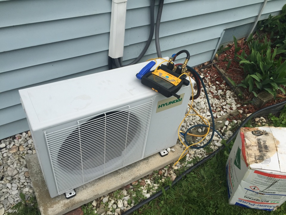 Kirkwood, NY - Leak repair on a Hyundai ductless mini split system in kirkwood Ny