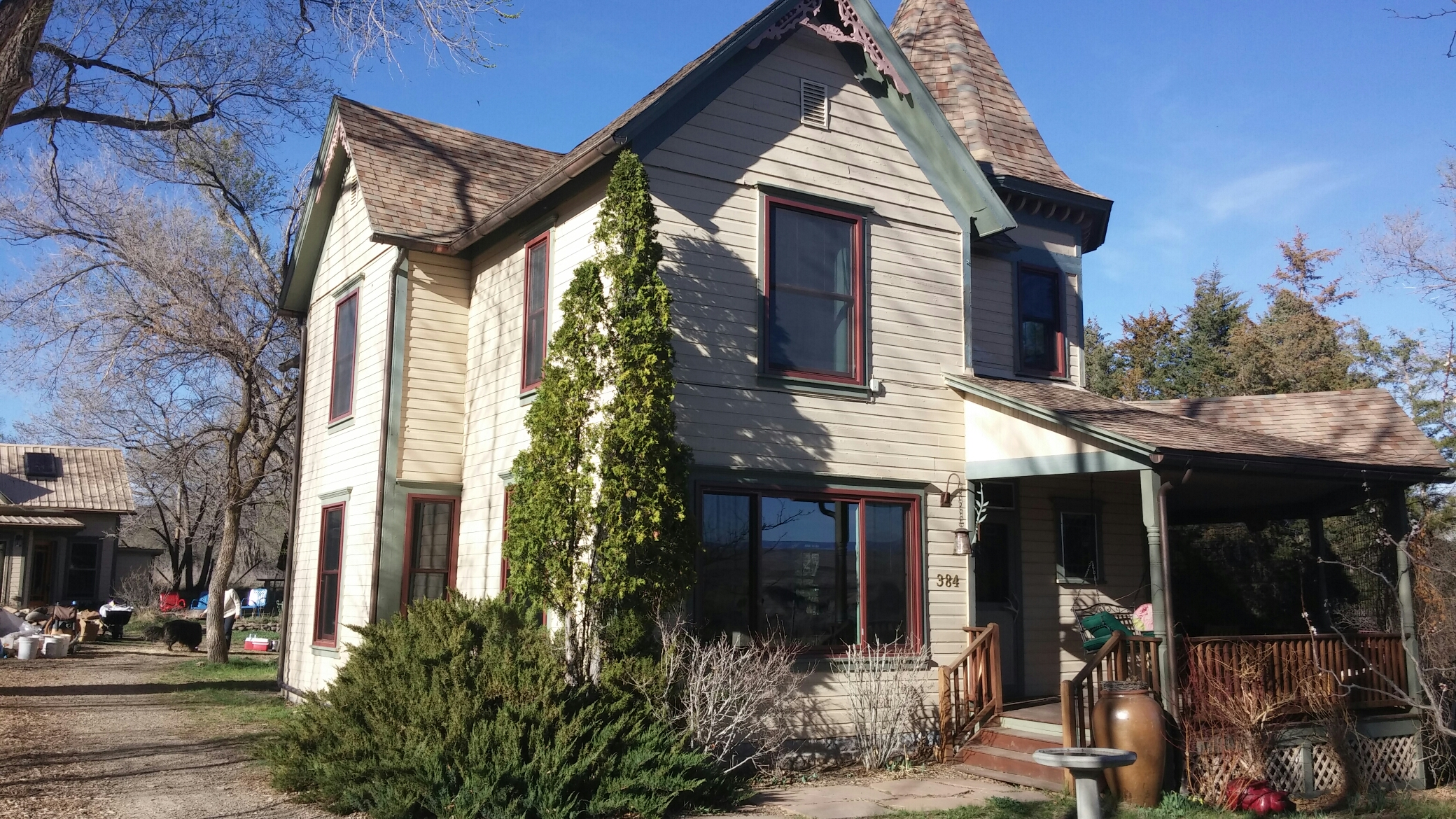Hotchkiss, CO - Just did a final measure to finish up this 100 year old home with Renewal By Andersen dual color windows in Red Rock exterior and canvas interior. The customers cant wait to finalize there project.