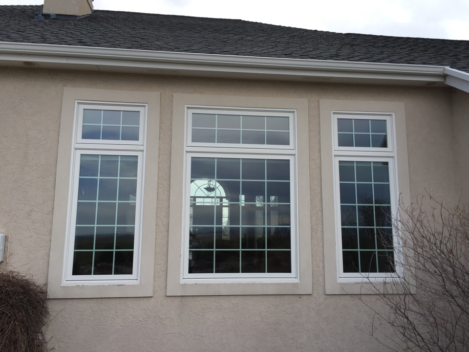 Fort Collins, CO - Replacing old vinyl windows in a beautiful stucco home with energy efficient Renewal by Andersen windows.