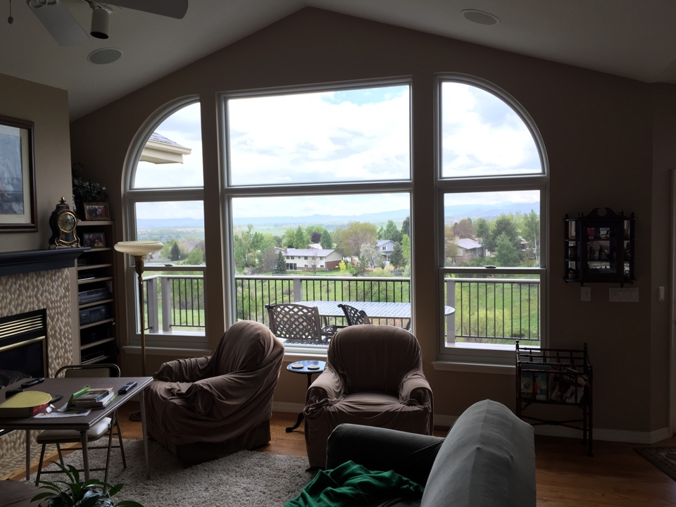 Lakewood, CO - Customer stated that she absolutely LOVES the views from her wall full of Renewal by Andersen windows!