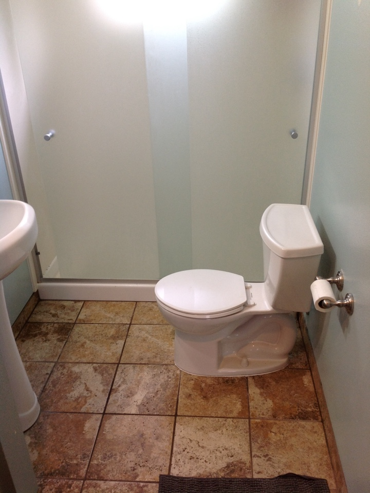 Pacifica, CA - Plumber pulled toilet to clear main line stoppage.