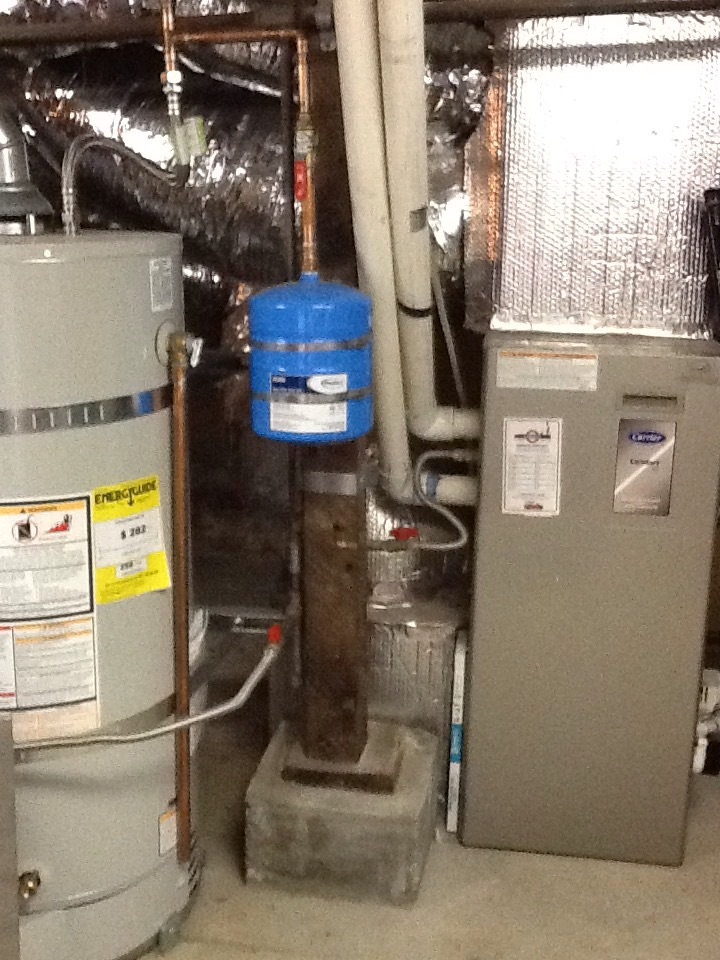 Maintenance on Carrier furnace and Bradford White water heater. Replaced 16x25x1 filter. Everything working properly at this time.