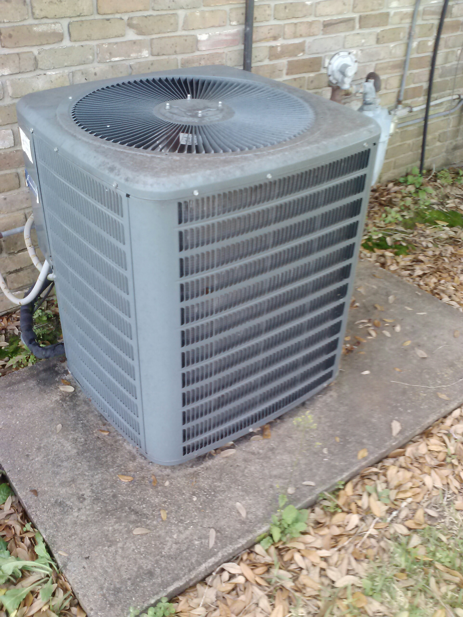 Rosedale, LA - Check system for noise in air conditioner system.