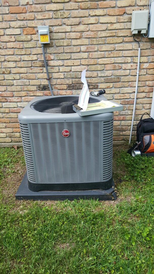Baton Rouge, LA - PERFORMED MAINTENANCE AND TUNE UP AIR CONDITIONER TRANE UNIT BATON ROUGE