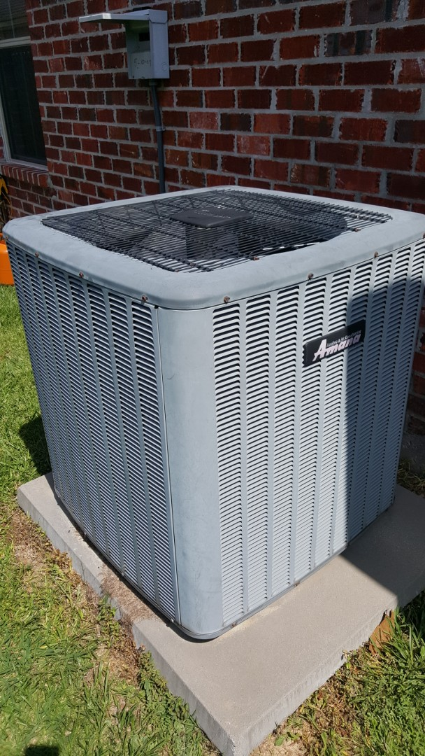 Prairieville, LA - Service call on an amana ac air conditioner