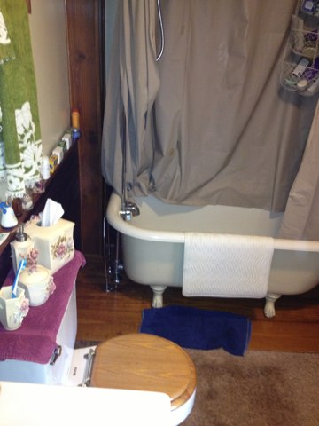 Repair leak to Claw Tub faucet