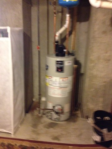 Easton, PA - Remove and install new 40 gallon power venter natural gas water heater. The average live span of a water heater in the Easton Pa area is 15 yrs,