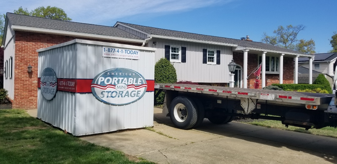 Pasadena, MD - After a quick 1 month storage for emptying the garage and reorganizing we were able to pick up Suzanne unit. We are able to face the unit door in any direction because of our unique crane delivery.