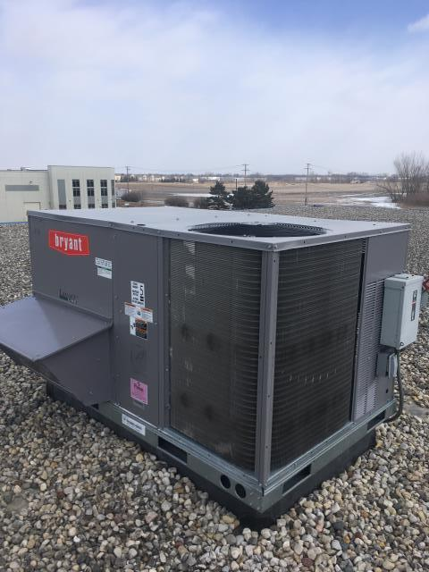 Gilberts, IL - No heat service call on a carrier rooftop unit