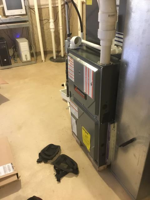 Cary, IL - Repair 5 year old Amana furnace under warranty