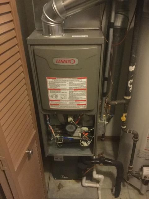 Carpentersville, IL - No heat service call on a 6 year old 60,000 btu 80% single stage Lennox Furnace