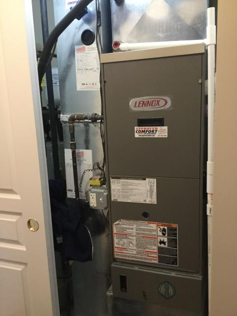 Huntley, IL - Bryant Air conditioner clean and maintained