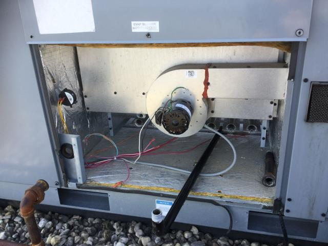 Carpentersville, IL - Installed a 2 stage gas valve on a daikin rooftop unit